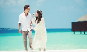 'Hot girl dao kéo' Vân Tokyo tiết lộ ảnh cưới tại Maldives