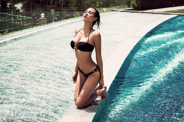 phuong-mai-dang-nang-khoe-hinh-the-sexy-voi-bikini-7