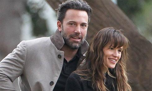 Ben Affleck và vợ cũ vẫn sống chung nhà sau một năm ly hôn