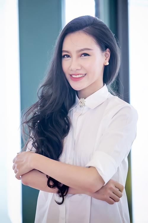 chi-nhan-minh-ha-lan-dau-song-doi-cong-khai-7