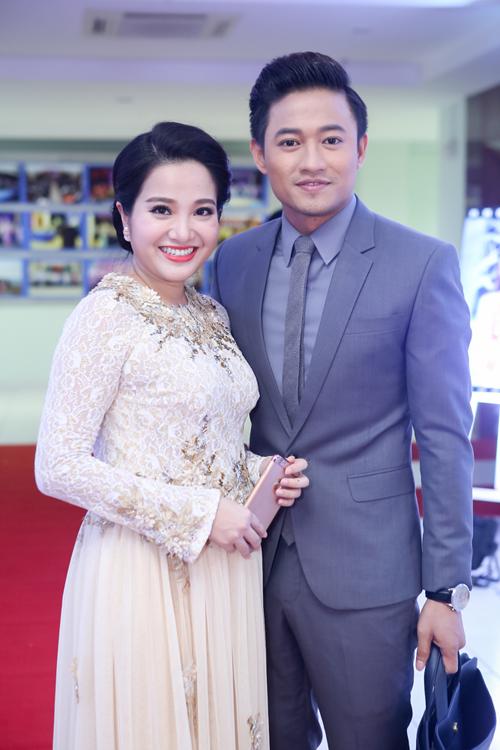 mc-hong-phuong-bau-3-thang-van-tu-lai-xe-di-event-4