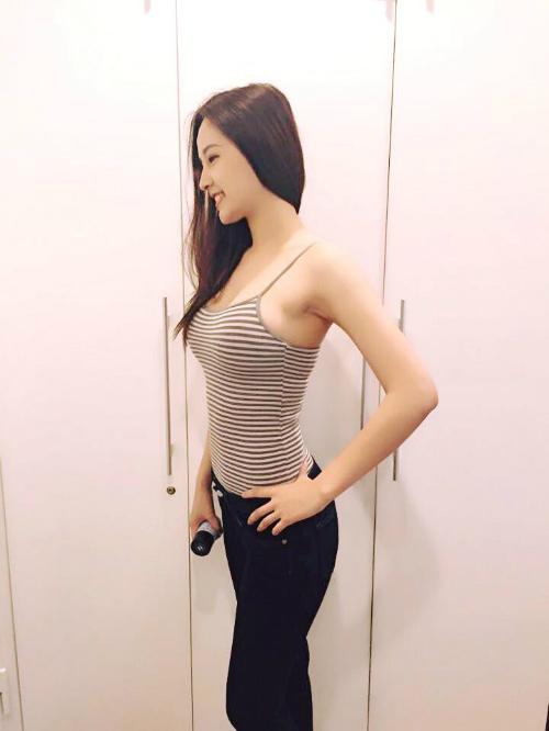 Hoa hậu Mai Phương Thúy khoe thân hình chuẩn
