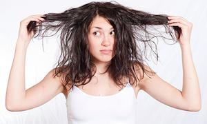 15 sai lầm thường gặp khiến mái tóc bị hư tổn nặng nề