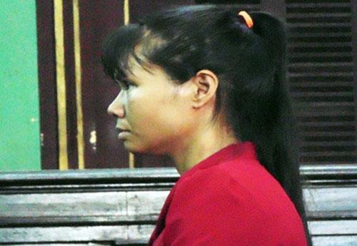 Bị cáo Lại Thị Tuyết Mai.