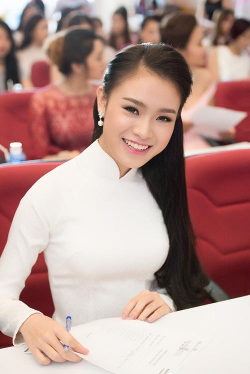 10-nhan-sac-noi-bat-tai-chung-khao-phia-bac-hoa-hau-viet-nam-1