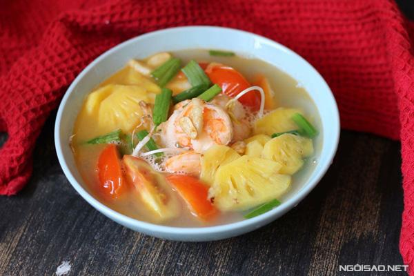 Trời nóng thì nấu một tô canh chua sẽ giúp cả nhà bạn giải nhiệt và kích thích vị giác.