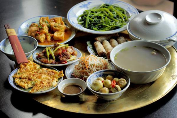 7-thoi-quen-an-uong-hang-ngay-lam-tang-mo-bung-1