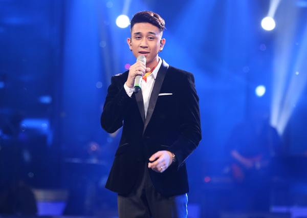 chang-ban-bun-bo-toa-sang-tai-gala-1-vietnam-idol-9