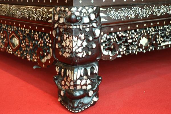 chiec-giuong-khung-nang-800-kg-nhu-long-sang-hoang-gia-5