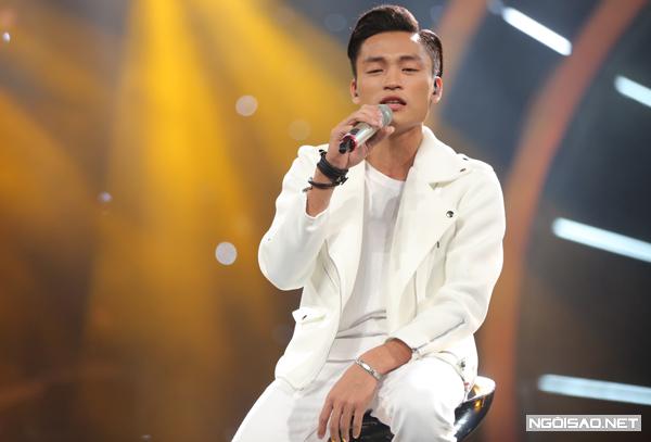 co-gai-philippines-gay-bat-ngo-tren-san-khau-vietnam-idol-3