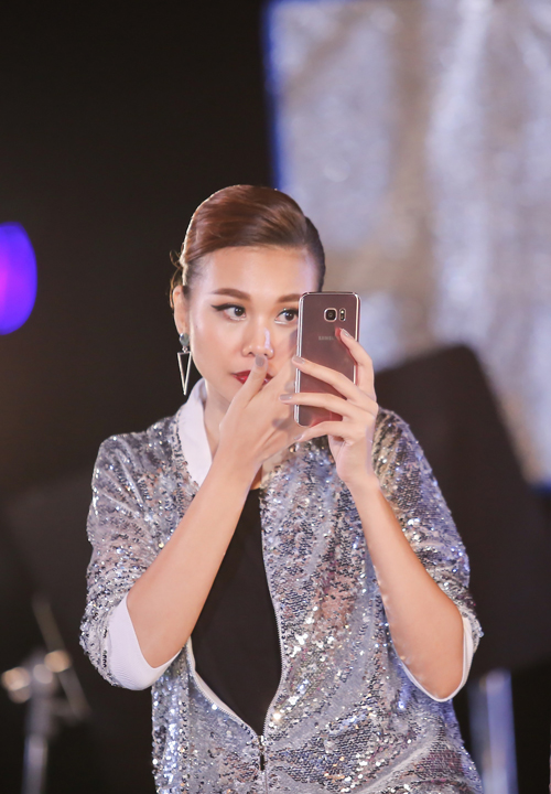 an-tuong-tu-nhung-buc-anh-thieu-sang-trong-vietnams-next-top-model-7