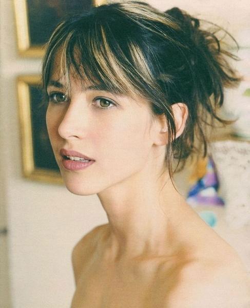 minh-tinh-sophie-marceau-lo-anh-ban-nude-ben-ban-trai-6