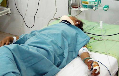 Một nạn nhân đang điều trị tại Bệnh viện đa khoa tỉnh Khánh Hòa