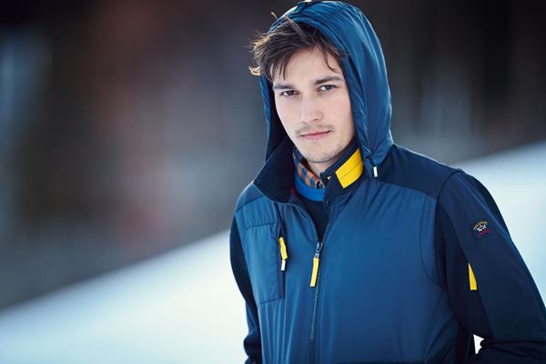 Công nghệ Typhoon 20000 cho những chiếc áo khoác có khả năng chống thấm nước tuyệt đối, chống rét và ngăn cản sức gió cực mạnh. Sản phẩm được người chơi thể thao và đam mê du lịch đặc biệt yêu thích.