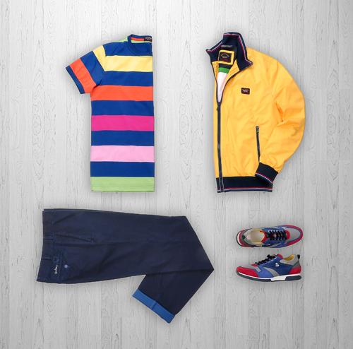 Ngoài ra còn có công nghệ Ultra Soft cho bề mặt vải vô cùng mềm mại hay gây chú ý với người yêu công nghệ hơn hẳn là áo khoác Ijacket, áo chắn sóng điện từ giúp bảo vệ sức khỏe người mặc nhờ sử dụng công nghệ E.M.W.