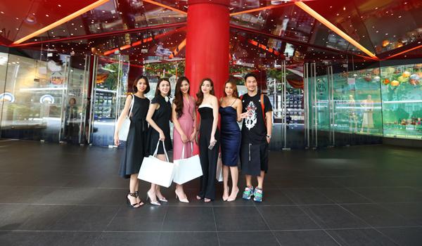 ho-ngoc-ha-tai-hien-phan-thi-the-face-tai-singapore-9