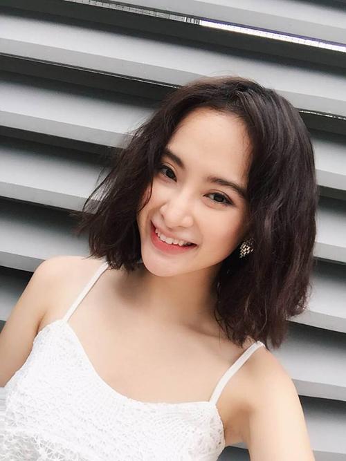 Angela Phương Trinh khác lạ trong kiểu tóc ngắn, xoăn rối: Con gái phải kiên trì nỗ lực trở nên xuất sắc thì mới có thể gặp được người xuất sắc hơn. .