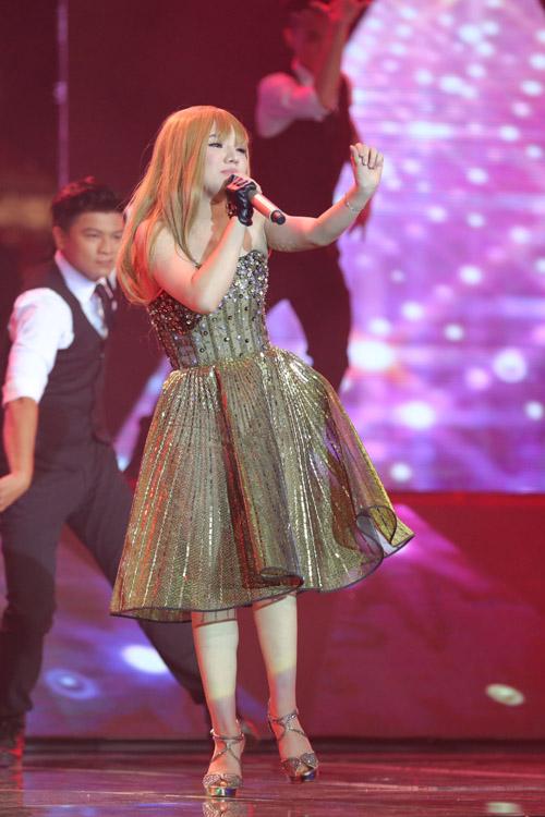 Minh Như mashup hai ca khúc Focus - Problem biểu diễn trong đêm chung kết. Tùng Dương khen Minh Như có nội lực và giọng hát tốt. Anh mong cô tiết chế hơn sau cuộc thi.