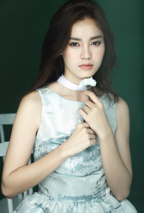 lan-ngoc-yeu-kieu-trong-vay-phuong-my-5