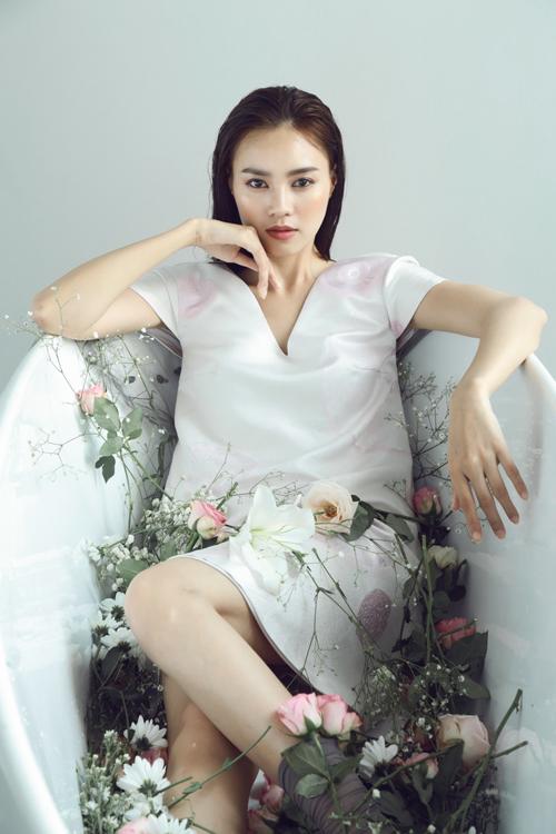lan-ngoc-yeu-kieu-trong-vay-phuong-my-7