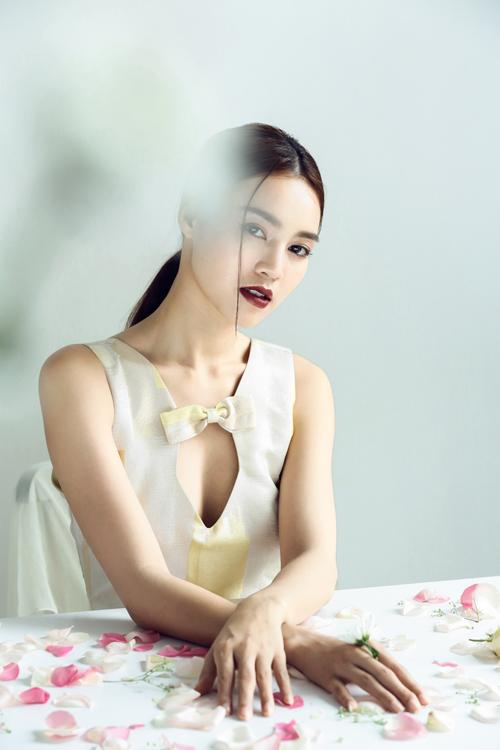 lan-ngoc-yeu-kieu-trong-vay-phuong-my-1