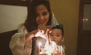 Diễm Hương đón sinh nhật bên con trai, ông xã không có mặt