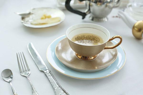 Nhà trà mới này không chỉ đem đến cho thực khách yêu trà sự chọn lựa hơn 365 loại trà ngon nổi danh toàn thế giới mà còn giới thiệu một sự kết hợp tuyệt vời giữa 365 hương trà có lịch sử lâu đời với hạt chia.