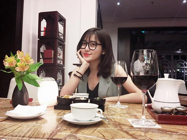 Á hậu Huyền My khoe tóc mới trẻ trung: Tóc mới, được không cả nhà?.