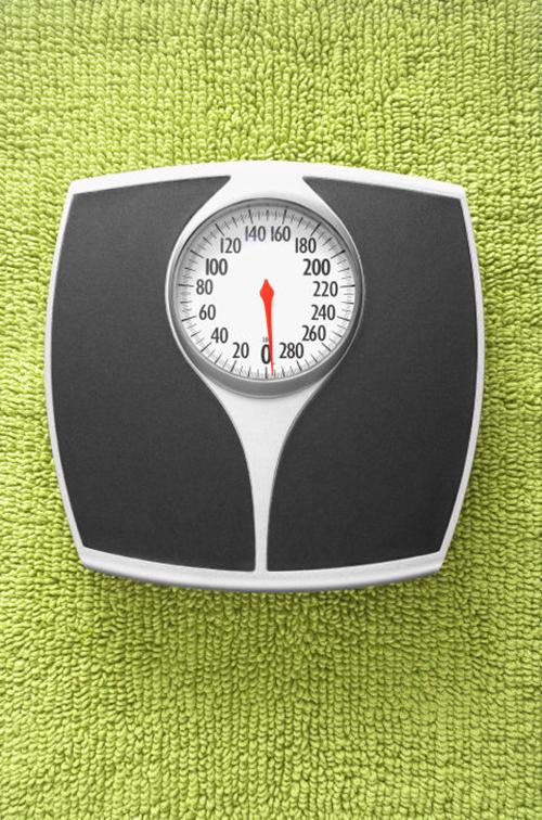 3. Kiểm tra cân nặng thường xuyên