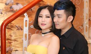 Hương Tràm vai trần, ngực đầy tình tứ bên Quang Hà
