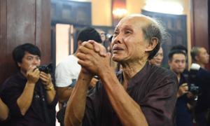 Nghệ sĩ Hà Nội nghẹn ngào đến viếng Hán Văn Tình