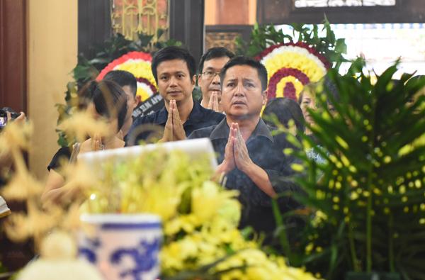 nghe-si-ha-noi-nghen-ngao-den-vieng-han-van-tinh-11