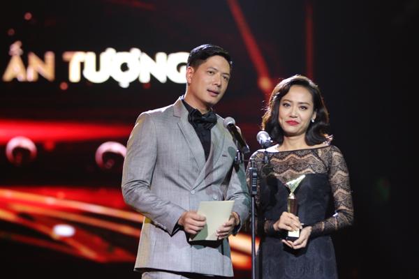 nha-phuong-truong-giang-chien-thang-o-vtv-awards-2016-11