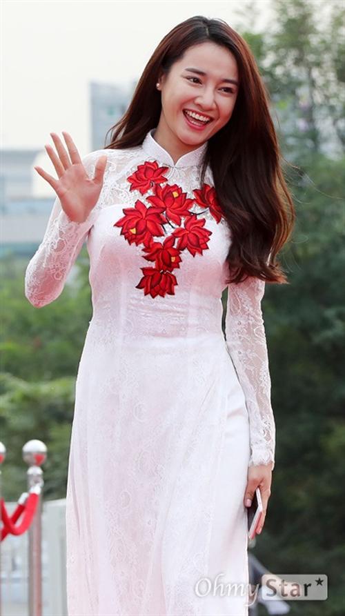 nha-phuong-do-sac-voi-dan-sao-han-tai-seoul-2