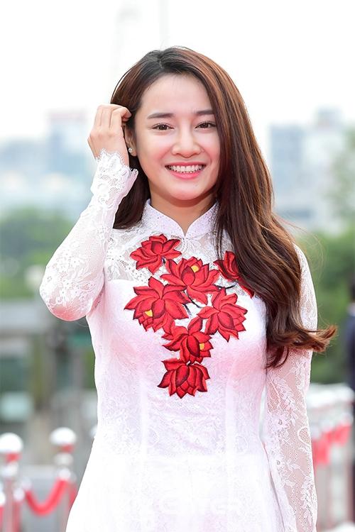 nha-phuong-do-sac-voi-dan-sao-han-tai-seoul-1
