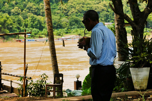 Obama enjoyed the refreshment during his tour to Luang Prabang in the north of the country during his historic tour