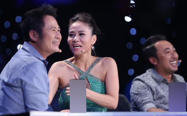 viet-thang-bi-giam-khao-bang-kieu-che-dan-tren-san-khau-10