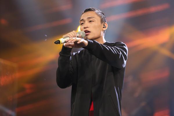 huy-tuan-tat-yeu-thi-sinh-vietnam-idol-viet-thang