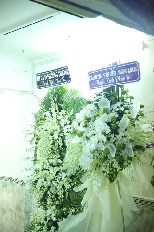 Phương Thanh đang hành hương ở Ấn Độ, không về kịp nên gửi lẵng hoa đến chia buồn với gia đình Minh Thuận.