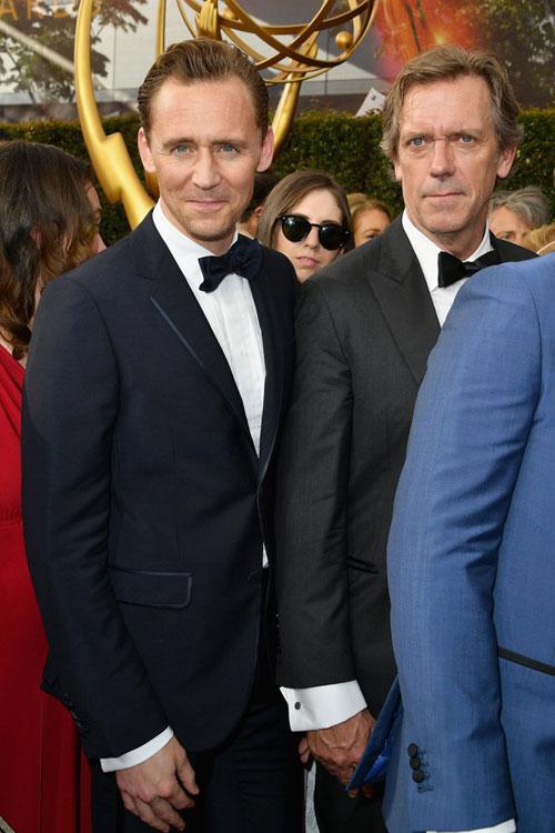 tom-hiddleston-le-bong-tai-le-trao-giai-emmy-sau-khi-chia-tay-taylor-2