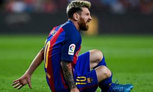 5 tình huống Messi lĩnh đòn từ đối thủ