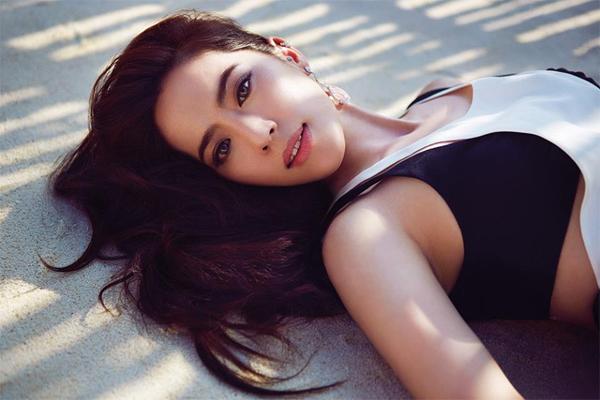 Arissa Cheo, thiên kim tiểu thư của một dòng họ giàu có nhất nhì Singapore. Năm nay 33 tuổi, cô đang làm chủ hai thương hiệu thời trang lớn Arissa X and AxJ BEAUTÉ