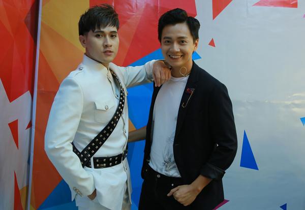 nguyen-vu-duoc-viet-huong-khen-tre-mai-khong-gia