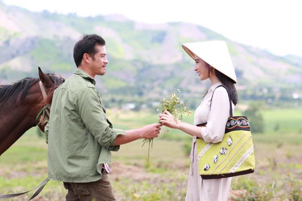 angela-phuong-trinh-lam-co-giao-diu-dang-vung-cao-3