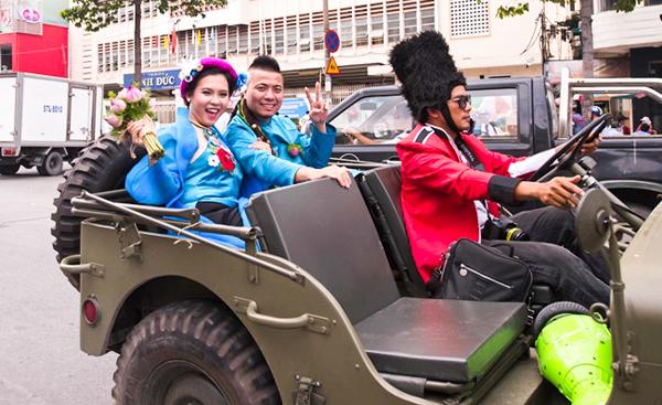dj-wang-tran-gay-chu-y-khi-ruoc-dau-bang-xe-jeep-moto-co-9