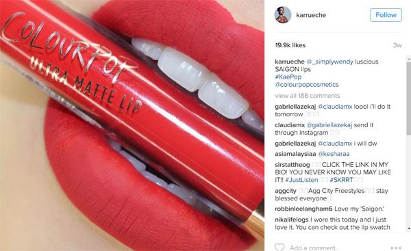 Người mẫu gốc Việt Karrueche Tran lăng xê màu son mang tên Saigon trên Instagram. Cô chia sẻ với tạp chí Refinery29 rằng, màu son này gợi nhớ tới màu cờ của Việt Nam, quê hươn