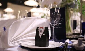 Để tiệc cưới lung linh, đừng bỏ qua trang trí bàn tiệc