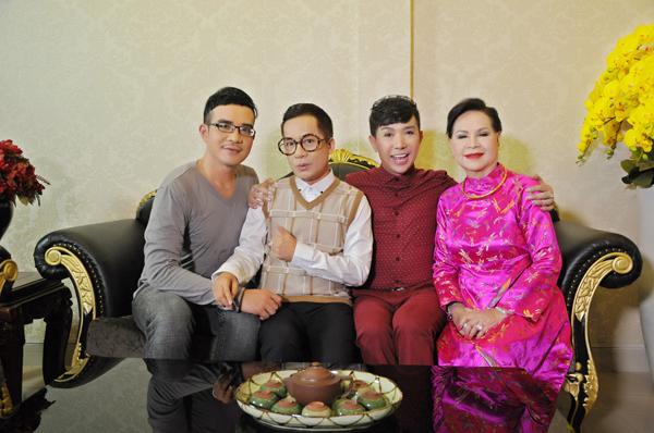da-co-4-con-long-nhat-van-khong-ngai-tinh-tu-voi-trai-tre