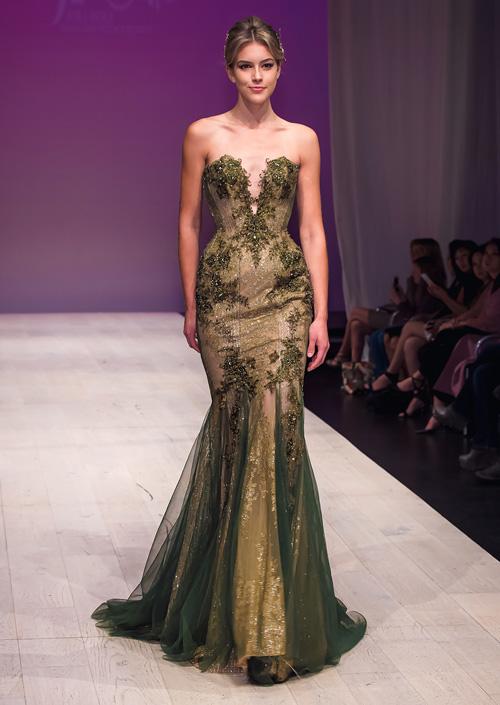 ha-kieu-anh-lam-vedette-o-canada-fashion-week-4