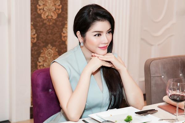 ly-nha-ky-khoe-khong-gian-phong-an-cua-biet-thu-dat-vang-3